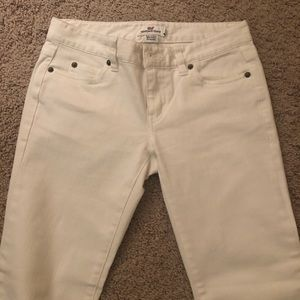 Vineyard Vines White Jeans